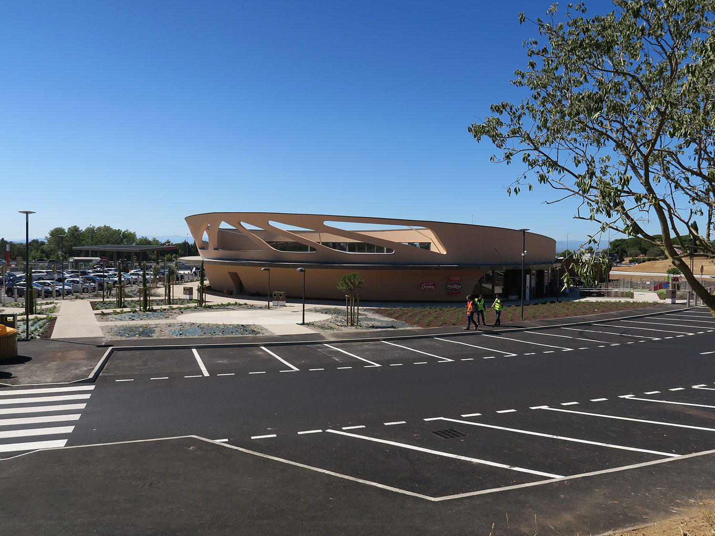 Ludovic Magnifico Architecture Aire de Narbonne Vinassan