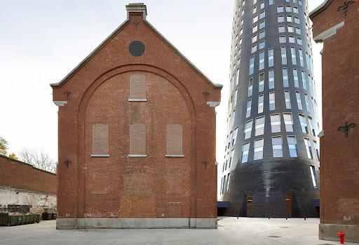 LMA l'Hôtel de police de Charleroi et l'extension de Charleroi Danses